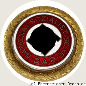 Goldenes Ehrenzeichen der NSDAP große Ausführung