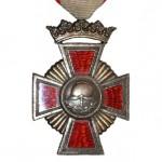Bayern-Freistaat-Feuerwehr-Ehrenkreuz-Krone-Rot-1