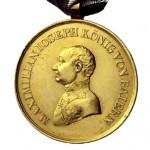 Bayern-Goldene-Militaer-Verdienst-Medaille-kleines-Brustbild-1
