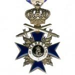 Bayern-Militaer-Verdienst-Orden-3Klasse-Krone-Schwerter-1