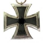 Eisernes-Kreuz-1939-2Klasse-Ritterkreuzgroesse-1