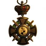 Hohenzollern-Ehrenkreuz-3Klasse-Krone-Schwerter-1
