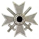 Kriegsverdienstkreuz-Schwerter-1939-1Klasse-1