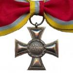 Mecklenburg-Strelitz-Kriegsverdienstkreuz-Frauen-1