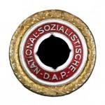 NSDAP-Goldenes-Parteiabzeichen-1