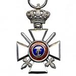 Oldenburg-Ritter-2Klasse-Krone-Schwerter-1