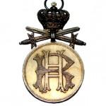 Reuss-Goldene-Verdienstmedaille-Krone-Schwerter-1